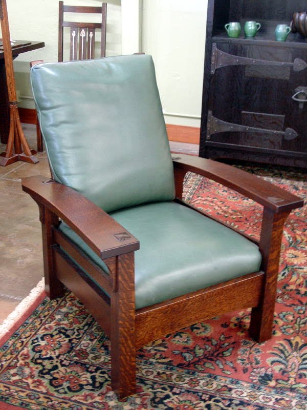 Additional view of same form in a lighter stain with green leather upholstery. & Voorhees Craftsman Mission Oak Furniture - Gustav Stickley Replica ... islam-shia.org