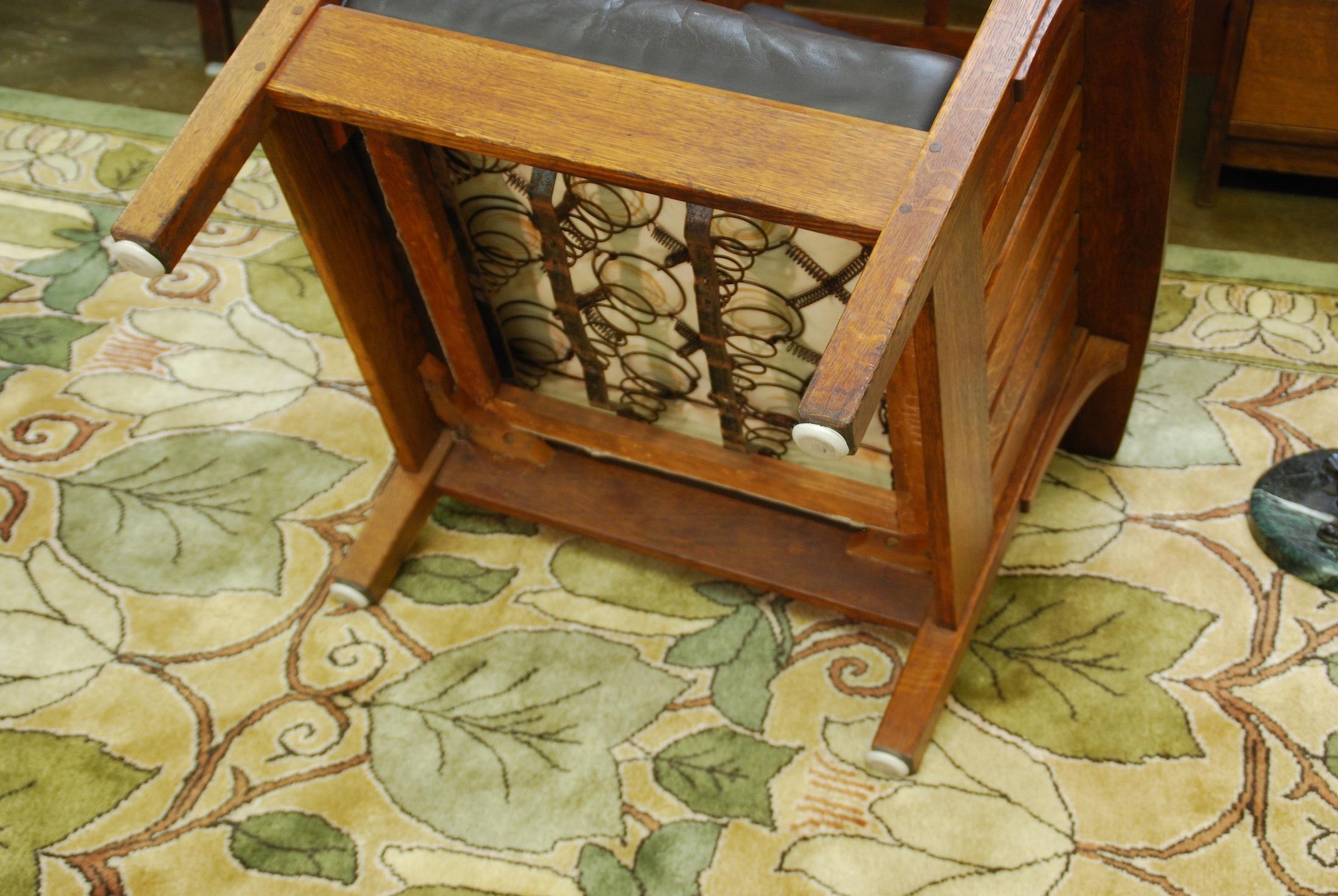 Antique stickley morris chair - Original Bevel To The Bottom Of The Feet