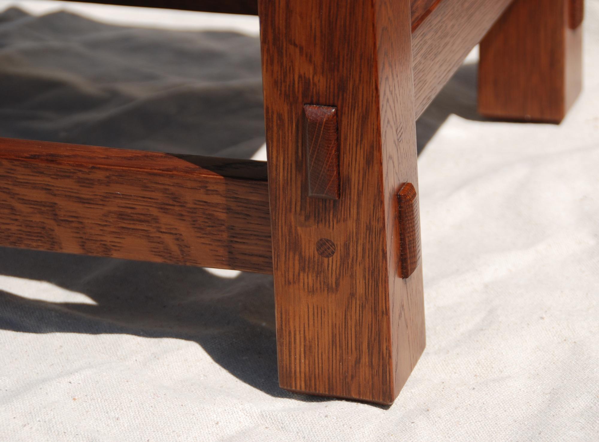 Detail Reverse Tapered Leg U0026 True Thru Tenons.