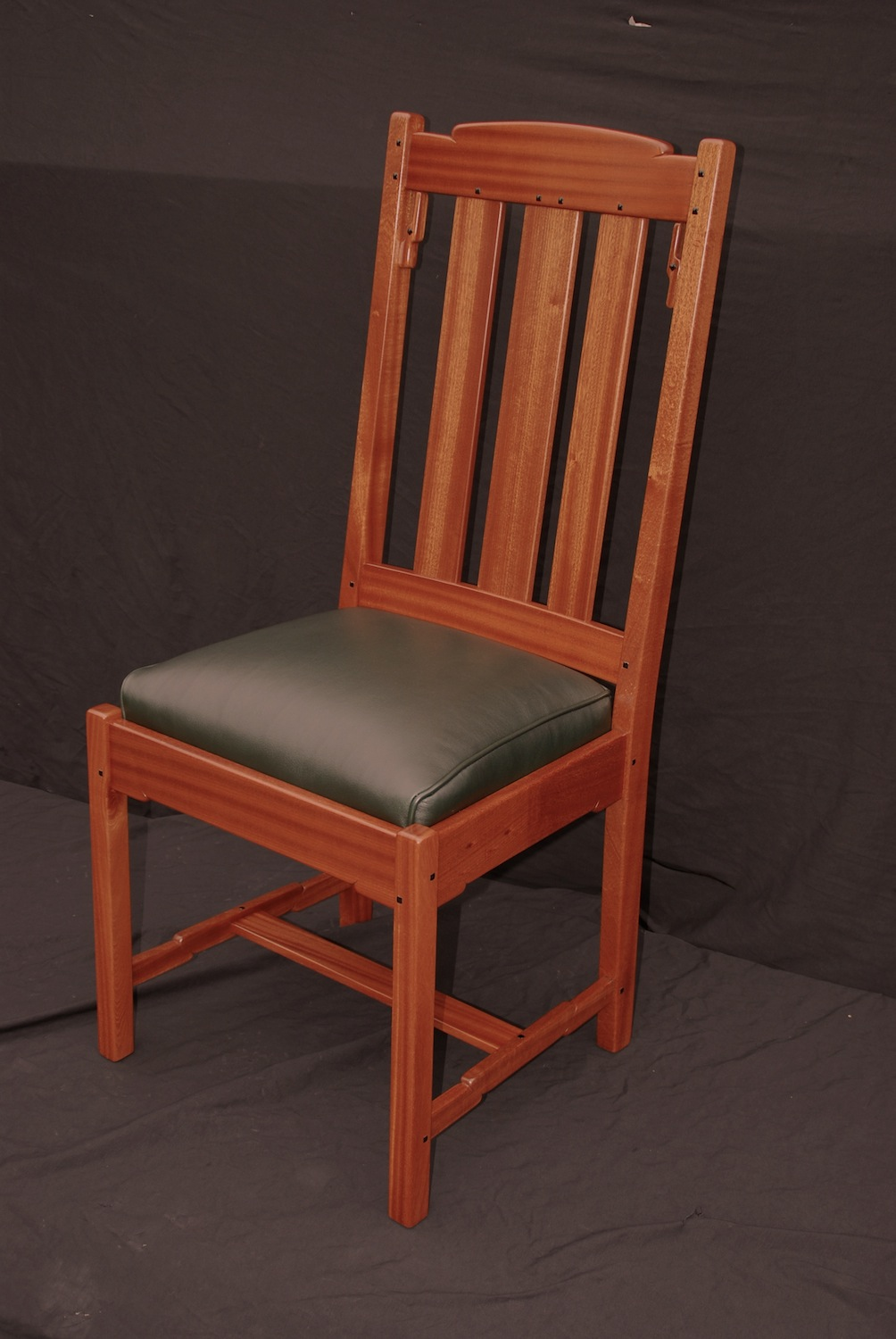 Voorhees craftsman mission oak furniture greene greene for Custom kitchen tables and chairs