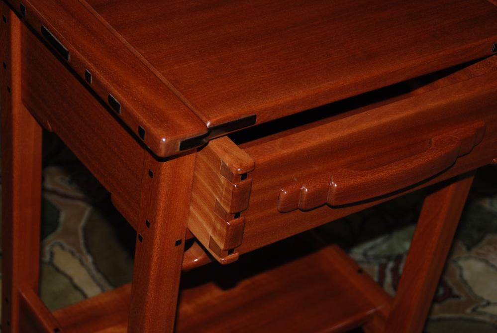 Voorhees craftsman mission oak furniture custom greene for Greene and greene inspired furniture