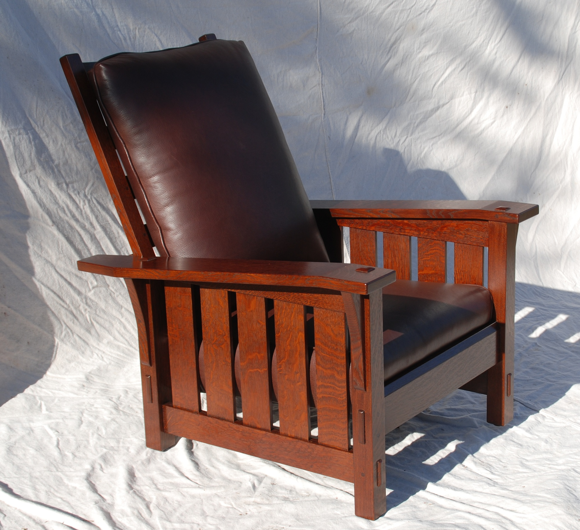 Attractive Gustav Stickley Inspired Medium Size Slant Arm Reclining Morris Chair