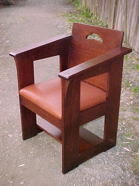 Voorhees Craftsman Mission Oak Furniture Accurate