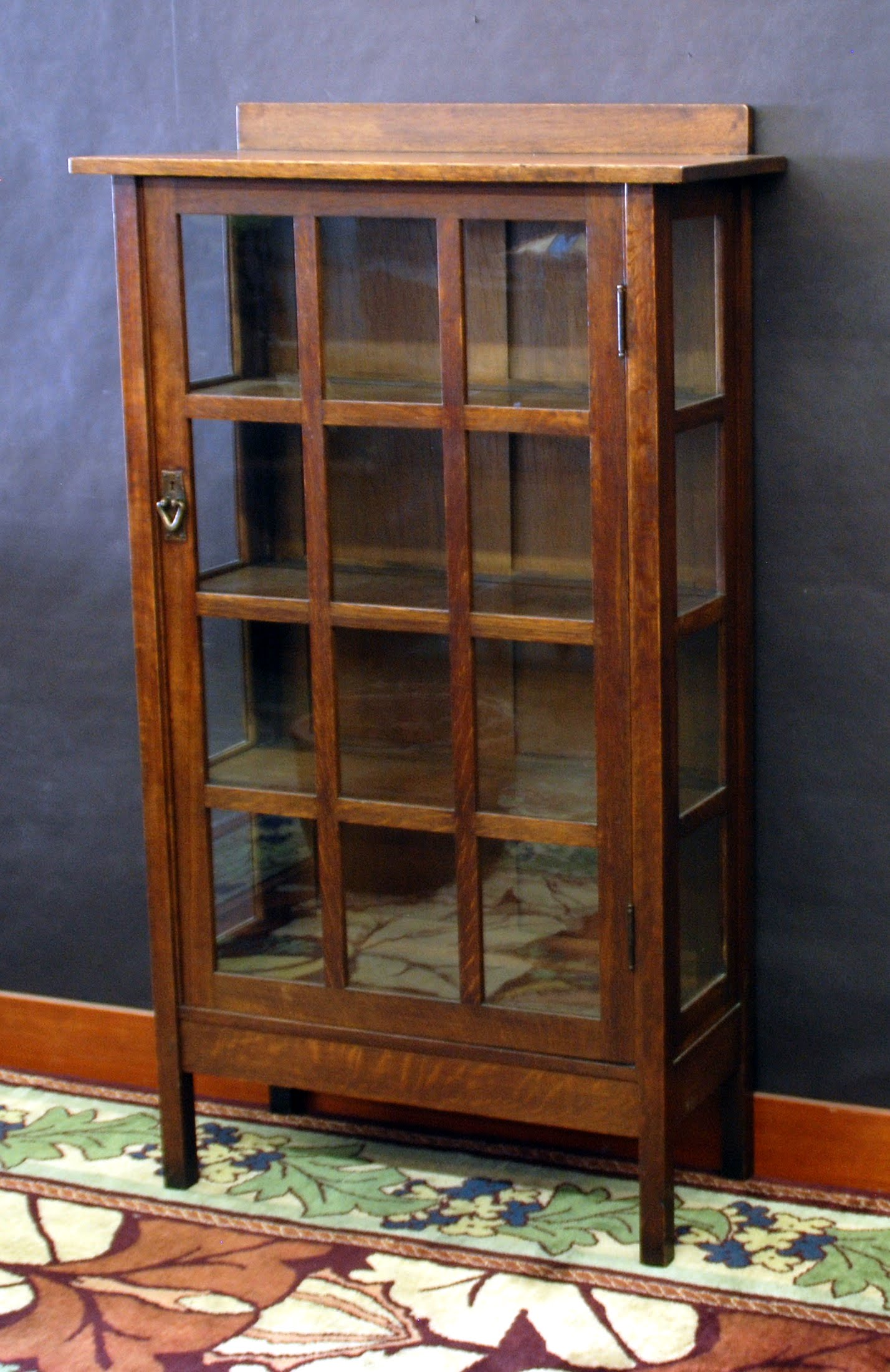 Wonderful Gustav Stickley Single Door China Cabinet Display Original Finish, Signed.