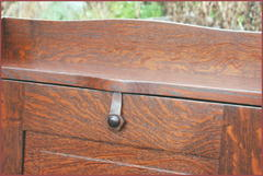Close-up of the excellent figure in the hand-selected quarter-sawn white oak and detail of the wooden latch.