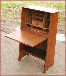 Original Gustav Stickley Harvey Ellis Drop Front Desk