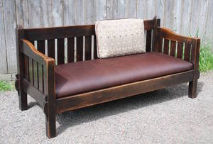 Stickley Era Settle Attributed to Shop of the Crafters, excellent original finish